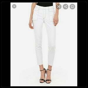 NWOT White Express Cropped Ankle Jeans